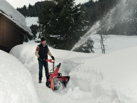 Honda HSS 655 ETD sněhová pásová fréza Honda H719389 L-11