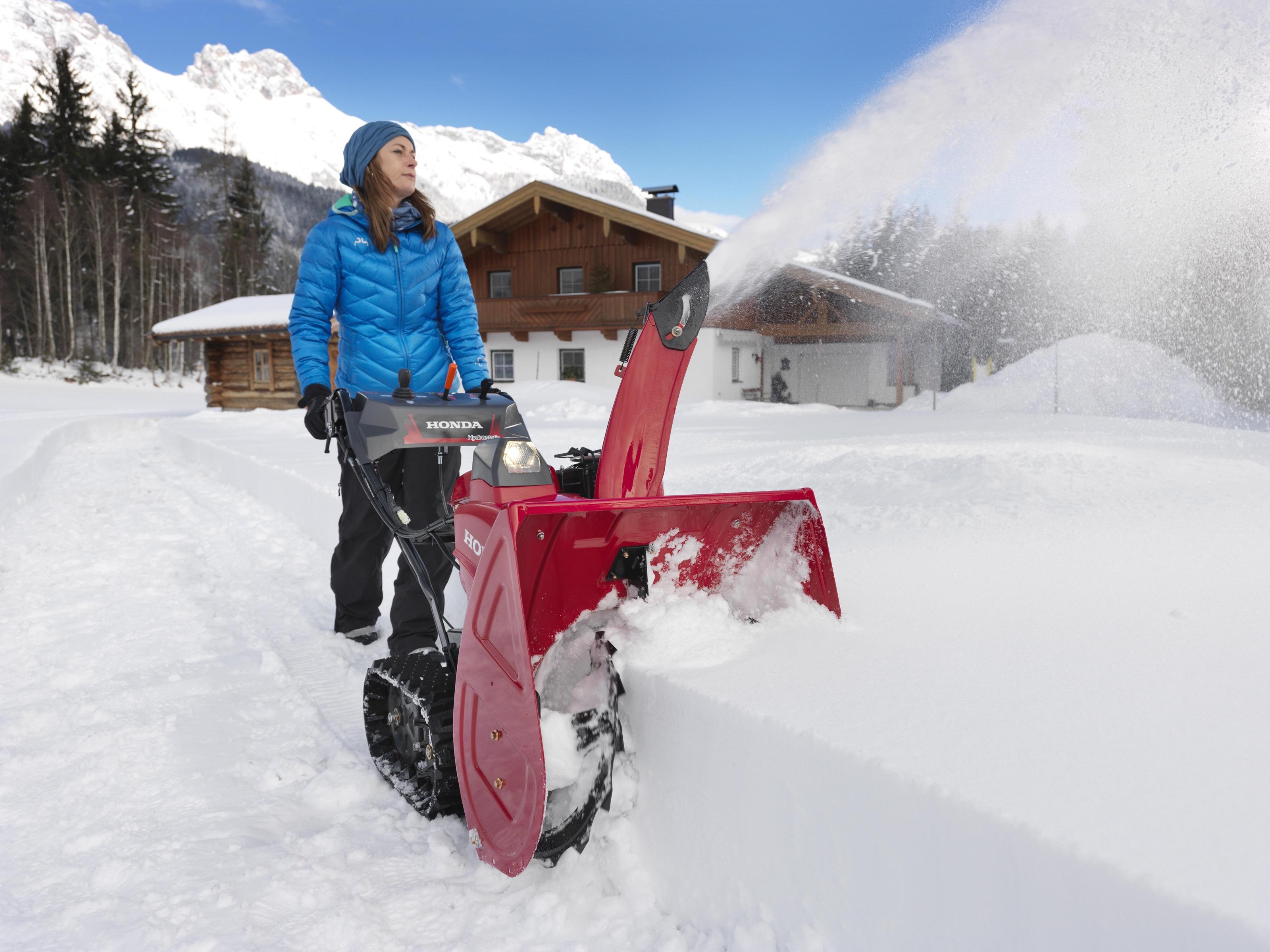 Honda HSS 760 T sněhová pásová fréza Honda H716631 L-11