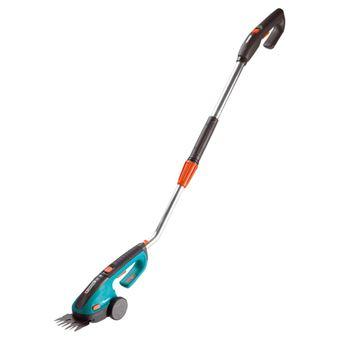 Gardena ClassicCut s násadou - akumulátorové nůžky na trávu