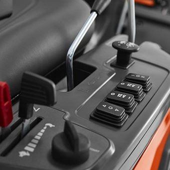Husqvarna R420TsX AWD profesionální rider