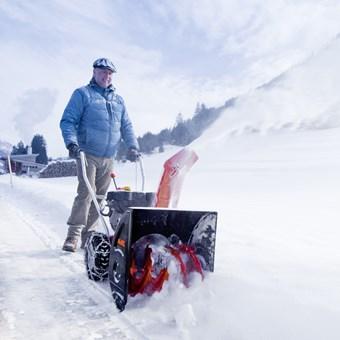 Sněhová fréza dvoustupňová SnowLine 560 II