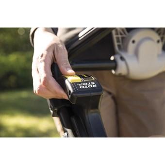 Honda HRX 537 C5 VYE motorová sekačka s pojezdem, ROTOSTOP, dva sekací nože